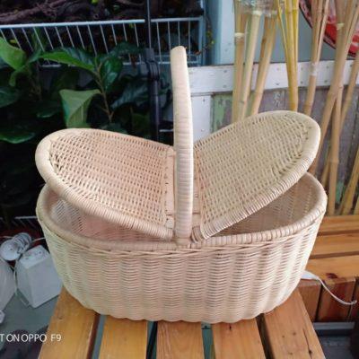 Basket / bakul rotan